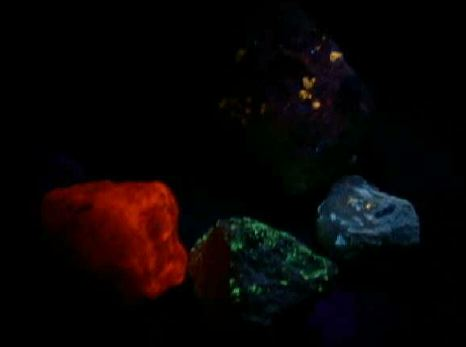Some rocks glow under UV light